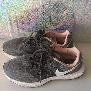 Nike run swift women's shoes.